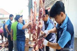 Masjid Al Jihad bagikan 10 ribu kantong daging kurban