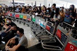 Gailiran Inggris mengecam kekerasan di Hong Kong dan mendesak diadakan dialog
