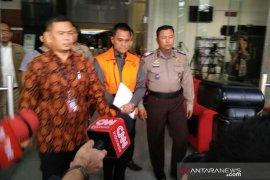 Penyanyi Iis Sugianto dipanggil KPK terkait kasus TPPU Soetikno Soedarjo