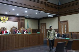Politikusi Golkar Bowo Sidik didakwa terima suap dan gratifikasi