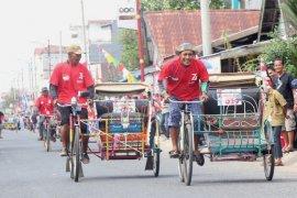 Lomba balap becak kayuh meriahkan HUT Kemerdekaan RI di Tanjabbar