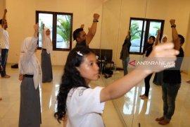 Peserta SMN Sumut belajar tarian multietnis