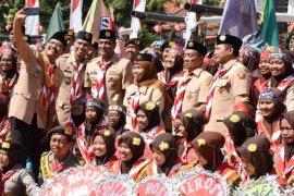 Gubernur Khofifah dukung Program Pramuka Prasiaga