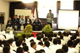 Di Kediri, Wali Kota  beri pembekalan mahasiswa baru Universitas Brawijaya