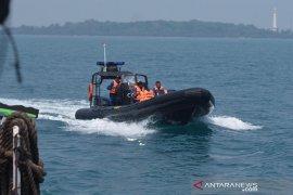 Pembersihan minyak di Kepulauan Seribu terus dipantau