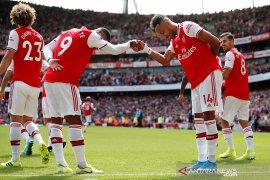 Aubameyang bawa Arsenal kalahkan Burnley 2-1