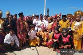 HUT Ke-74 RI di Bali, peserta upacara kenakan pakaian adat Nusantara