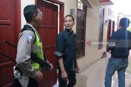 Polisi jemput keluarga IM pelaku penyerangan anggota Polsek Wonokromo