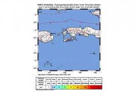 Flash - Gempa magnitudo 6,8 mengguncang pulau Ambon