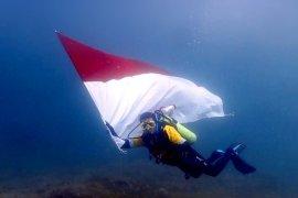 Pemko Pariaman akan kibarkan bendera Merah Putih di dalam laut