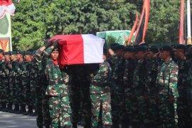 Dua anggota Yonif Linud 432 Kostrad tewas dibacok OTK di Dekai Papua