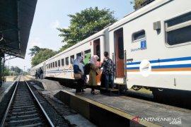 Penumpang KA Siliwangi meningkat manfaatkan tiket gratis HUT RI