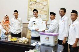 Gubernur Banten terima dokumen 85 anggota DPRD Banten 2019-2024