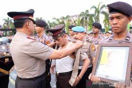 Enam personel Polda Riau dipecat karena menyalahi aturan