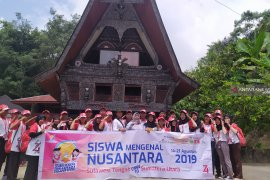 Peserta SMN asal Sulawesi Tengah kagum keindahan Danau Toba