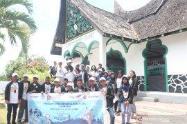 Peserta SMN-2019 Jawa Tengah Kunjungi Wisata Alam-Budaya Sulut Page 5 Small