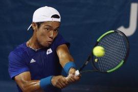Lee Duck, Petenis tuna rungu pertama menangi laga ATP