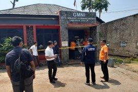 Polisi olah TKP di Sekretariat GMNI Cianjur yg terbakar