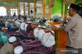 Ribuan jemaah hadiri haul ke-25 KH Mahfudz Amin