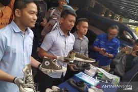 Polisi Cimahi ringkus dua pencuri sepatu bermerek di indekosan