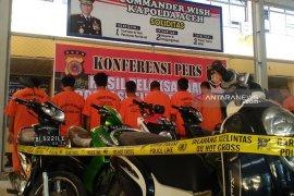 Polresta Banda Aceh tangkap 12 tersangka pencurian sepeda  motor