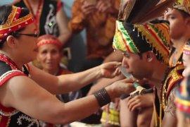 Kerupuk basah dan kawin adat Dayak masuk warisan budaya tak benda