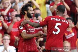 Salah 2 gol, Liverpool mudah saja kalahkan Arsenal 3-1