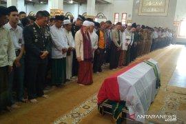 Ketua MUI Cianjur pimpin shalat jenazah Ipda Erwin Yudha Wildani