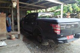 Mobil Kepala Dinas PUPR Aceh Barat jadi korban pencurian  ban