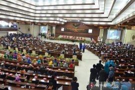 1.500 undangan untuk pelantikan DPRD Kaltim