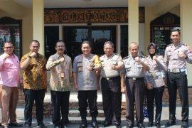 Tim Evaluator Kemenpan RB  kunjungi unit pelayanan Polres Madiun Kota