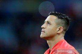 Sanchez telah berada di Milan untuk tes medis