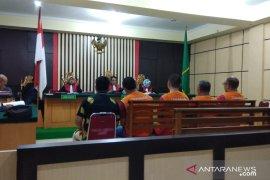 WNA Singapura penyelundup lobster divonis tiga tahun penjara