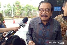 KPK periksa mantan Gubernur Jatim