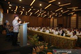 Bupati Anas ingatkan kades terpilih agar optimalkan program Smart Kampung