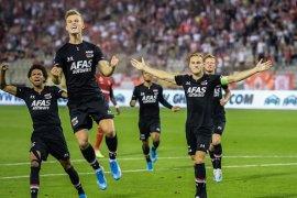 AZ Alkmaar lengkapi Trio Belanda melenggang ke fase grup  Liga Europa