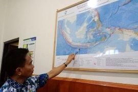 295 earthquakes rocked East Nusa Tenggara in April
