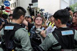Pemrotes Hong Kong ingin kacaukan bandara pada Minggu