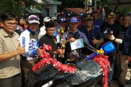 Ratusan peserta ikuti pancing udang se-Asia Tenggara di Sambas