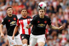 Pemain Manchester United Lindelof tangkap jambret di Swedia