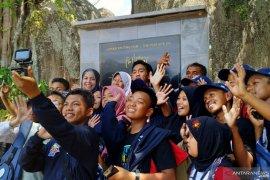 Antara TV - SMN Sulawesi Tenggara kunjungi lokasi Syuting Laskar Pelangi