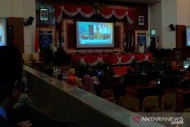 Antara TV - Setengah anggota DPRD Babel tidak hadir Paripurna Pidato Presiden