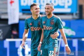 Hakim Ziyech  dari Ajax akan gabung Chelsea musim depan