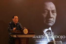 KPK periksa mantan Menkeu Agus Martowardojo terkait kasus KTP-el
