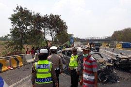 Ini dugaan penyebab kecelakaan beruntun di Tol Cipularang