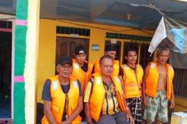 SAR  selamatkan enam penumpang KM Rahmat Baru di Selat Berhala
