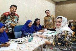 Bank BJB beri pemeriksaan kesehatan gratis kepada nasabah di Medan