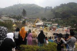 """Heboh terkait """"Wisata Halal"""" di Puncak Bogor, Bupati angkat bicara"""