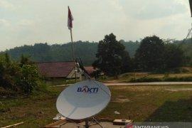 Pemkab Landak terima bantuan 25 titik akses internet dari Kemenkominfo