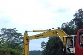 Mukomuko minta pemilik tambang batu laporkan kegiatan